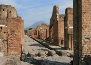 Ab Rom: Tagestour nach Pompeji und Neapel in Kleingruppe