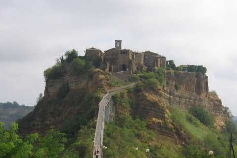 Orvieto and Tiber Valley: Private E-Bike Tour from Rome