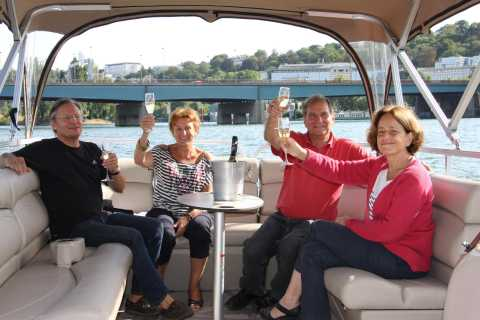 Paris: Private Pontoon Boat River Cruise