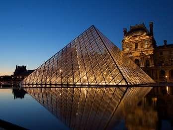 Paris: Reservierter Einlass zum Louvre und Bootsfahrt