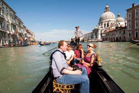 Veneza: Passeio Clássico de Gôndola