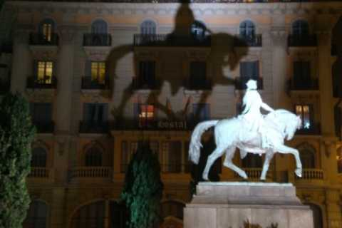Barcelona: City Ghost Tour in German