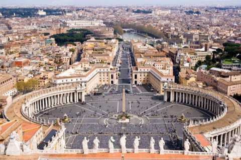 Rome: 3-Hour Private Sightseeing Tour by Luxury Vehicle