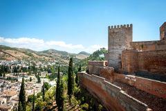 Granada: Excursão Guiada Sem Fila à Alhambra e Generalife