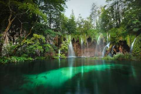 From Split or Trogir: Plitvice Lakes National Park Tour