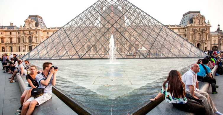 Paris Louvre Museum: Guided Tour with Tickets