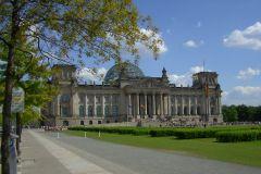 Berlin: Sala do Plenário e Cúpula do Reichstag em Alemão