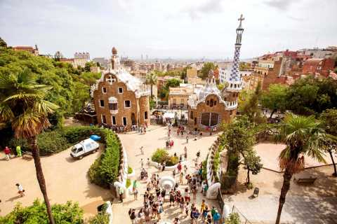 Barcelona: Skip-the-Line Park Güell Guided Walking Tour