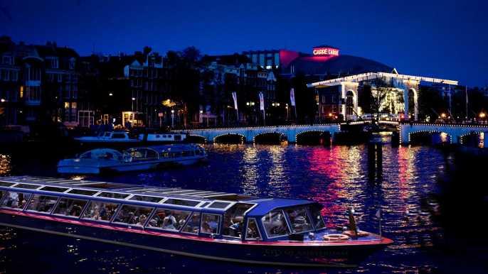 Ámsterdam: crucero nocturno de 1,5 h por los canales