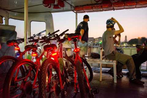 Bangkok: tour nocturno de 4 h en bici con Wat Arun y Wat Pho