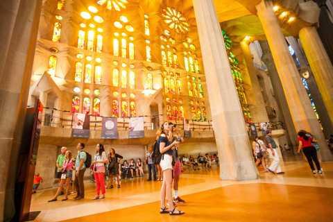 Tour por Barcelona - Sagrada Familia y Poble Espanyol