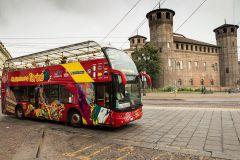 Turim: Bilhete Ônibus Hop-On Hop-Off de 24 ou 48 Horas