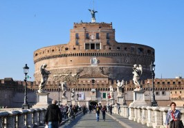 What to do in Rome - Castel Sant' Angelo and St. Peter's Square Tour