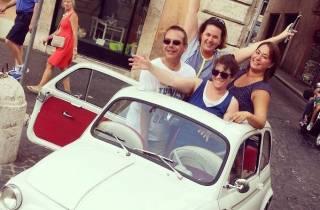Rom: Autorundfahrt in einem klassischen Fiat 500
