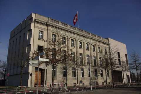 Berlin and Potsdam: 5-Hour Tour of Swiss Influences