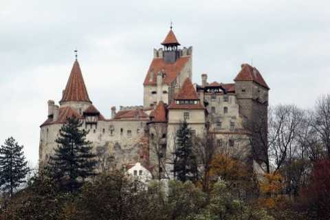 From Bucharest: Private Dracula and Peles Castles Day Tour
