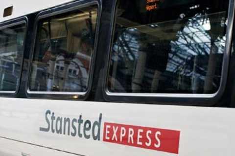 Stansted Express: enkeltje of retour treinticket Londen