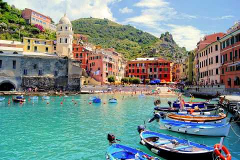 Cinque Terre by Minivan Shore Excursion from Livorno