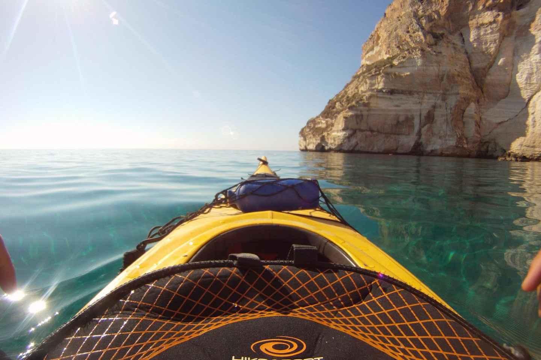 Ab Cagliari: Kajaktour zum Teufelssattel