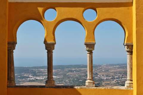 Sintra and Cascais: Full-Day Private Sightseeing Tour