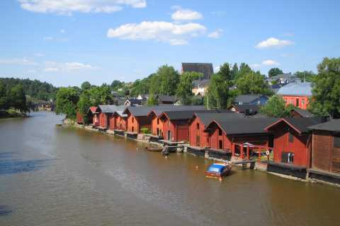Porvoo: 5-Hour Town Tour from Helsinki