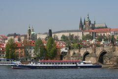 Praga: Passeio de Barco de 1 Hora no Rio Moldava