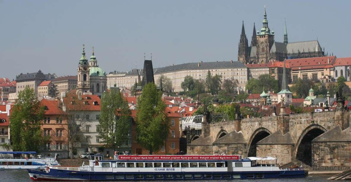 Prague: 1-Hour Panoramic Vltava River Cruise
