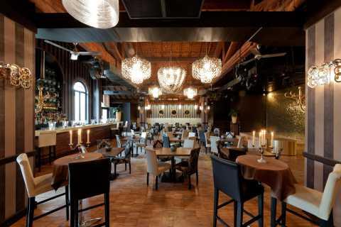 Milano: cena e spettacolo al Maison Milano