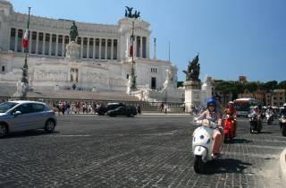 Rom: 24-Stunden-Verleih einer 125 cc Vespa