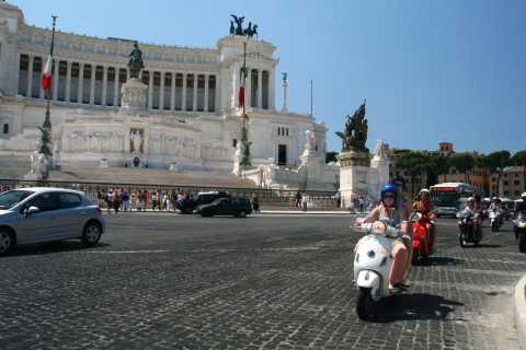 Rome: Vespa 125cc 24-Hour Scooter Rental