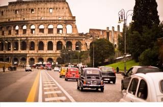 Rom: 3-stündige Stadttour im Fiat 500 im Vintage-Stil