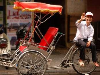Hanoi: Cyclo-Rundfahrt mit Street Food-Rundgang