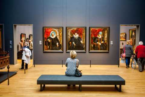 Rembrandt's Art: Guided Tour in Amsterdam & Rijksmuseum