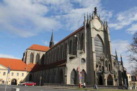 Sedlec, Žleby, and Kutná Hora: Full-Day Private tour