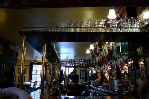 Londres: excursão histórica de 2 horas pelos pubs