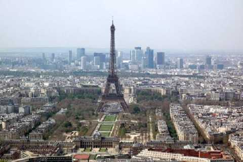 Paris: Eiffel Tower Direct Access and Illuminations Cruise