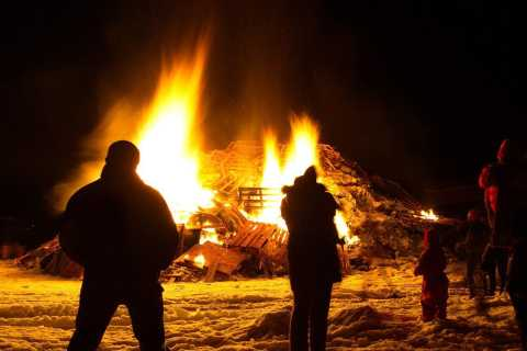 Reykjavik 3-Hour New Year's Eve Bonfire Tour