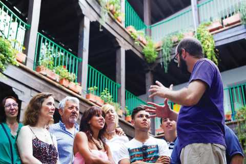 Seville: 1-Hour Walking Tour Barrio de Santa Cruz