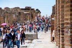 Pompeia: Excursão a Pé Guiada de 2 Horas com Ingresso