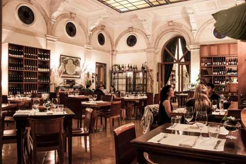Rome: Gourmet Wine and Dine in a Luxury Restaurant