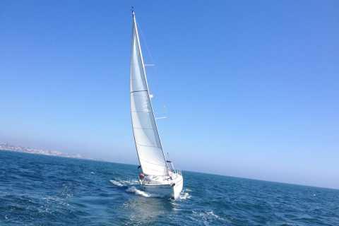 Lisbona: Day-Full Sailing Tour alla baia di Cascais