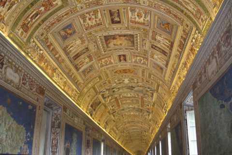 Vatican Museums Skip-the-Line Dutch Tour