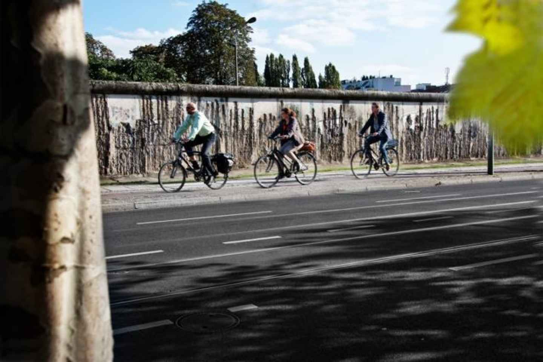 Berlin: Geführte Fahrradtour - Mauer & Drittes Reich