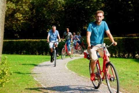 """Berlin: """"topphemlig"""" guidad rundtur på cykel"""