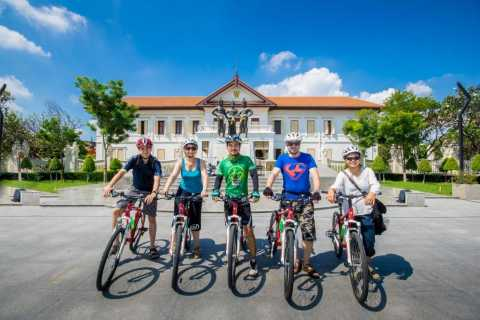 Chiang Mai: Historic Old City 4-Hour Bike Tour