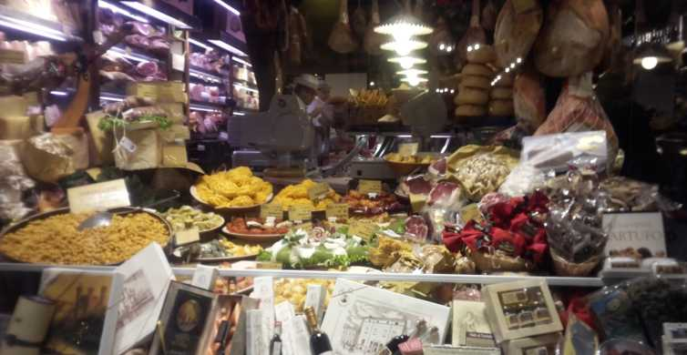 Bologna: 3.5-Hour Food Tasting and Walking Tour