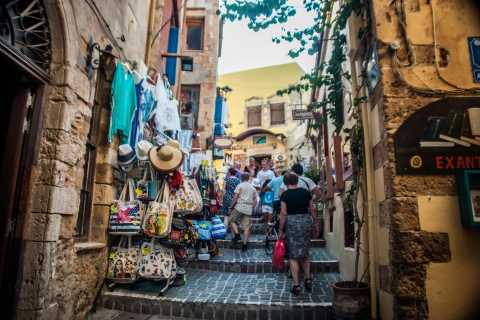 Chania: Walking Tour and Food Tasting with a Local