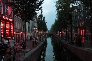 Amsterdam: Sexarbeit und Drogen-Tour auf Spanisch