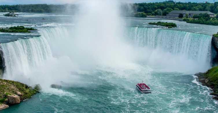 Niagara Falls, Canada: Small Group Half-Day Sightseeing Tour