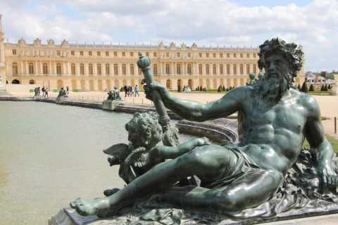 Palace of Versailles: 2-Hour Murders and Mysteries Tour